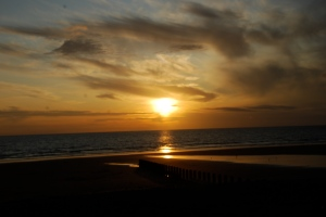 Sunset in Borth ©Alice Mill